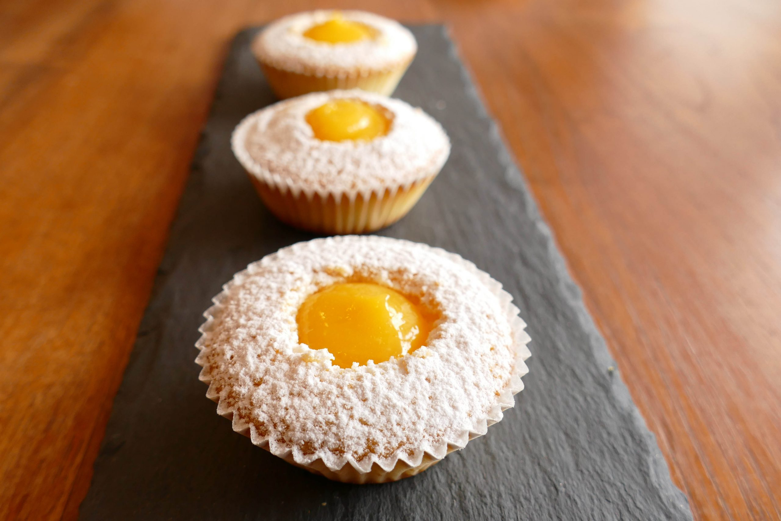 Citrónový muffin s lemon curde - 25 Kč